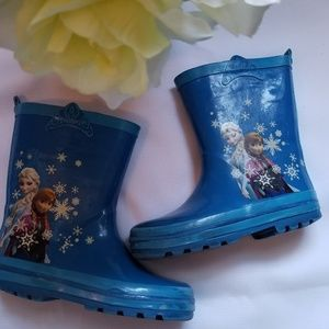 Cute Girls Size 9/10 Blue Frozen Rain Boots